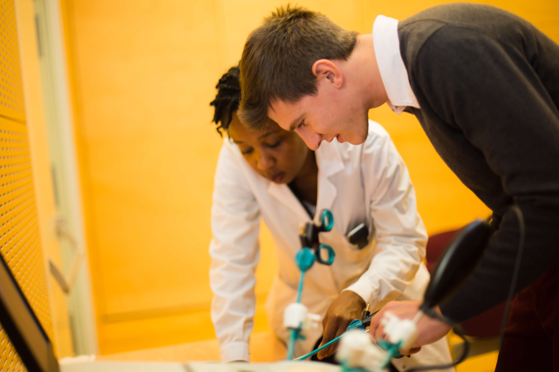 La simulazione per formare i chirurghi di domani for Simulazione medicina